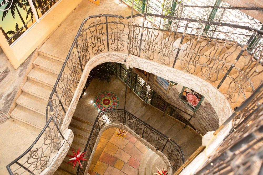 デポアイランドシーサイドの階段
