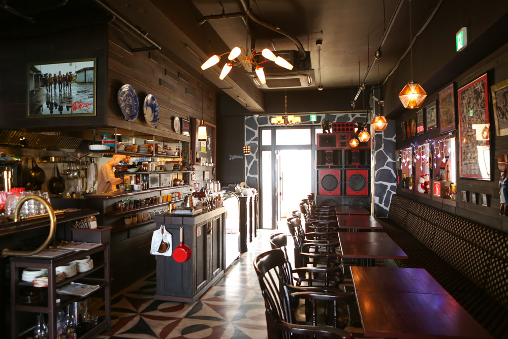 北谷のロッカーズカフェのアクセス