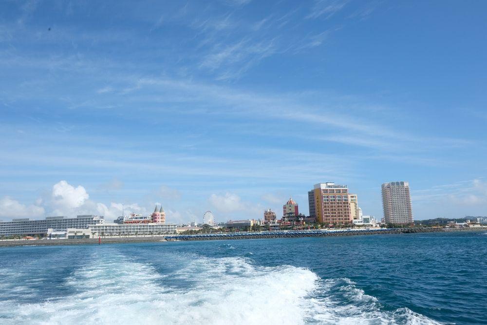 沖縄ホエールウオッチングツアー