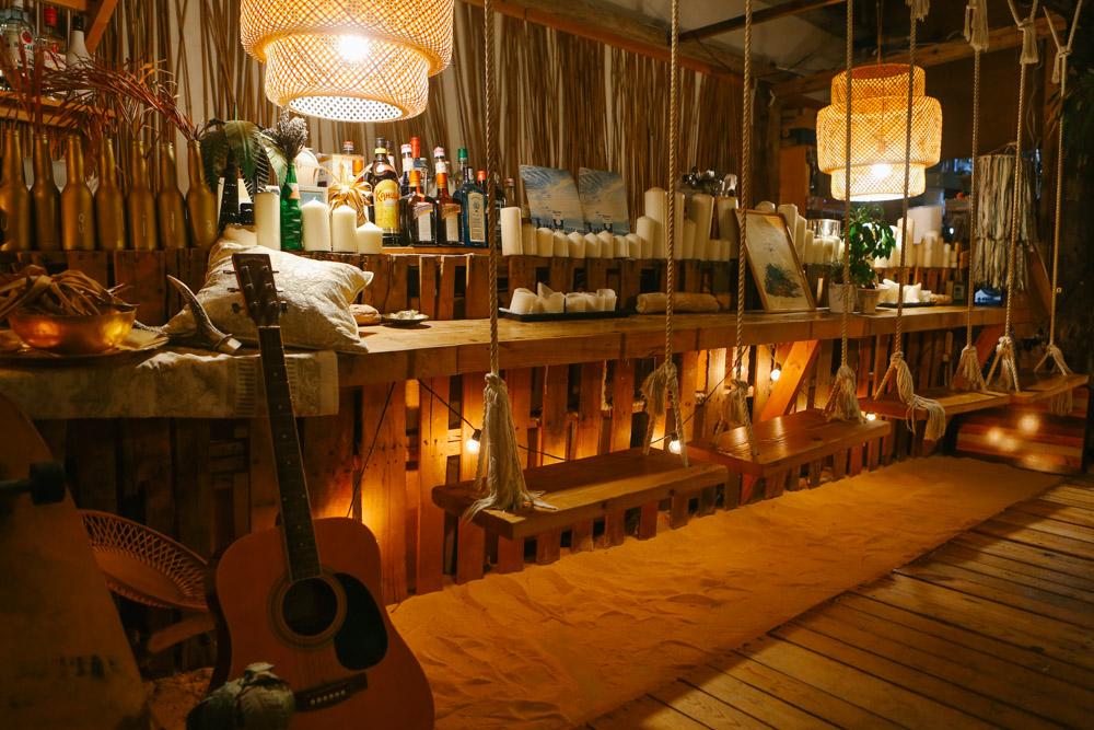 ジャングリラカフェ沖縄のブランコ