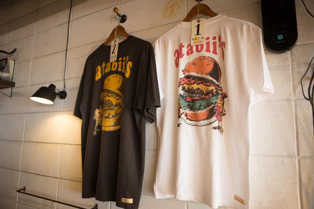 アタビーズのTシャツ