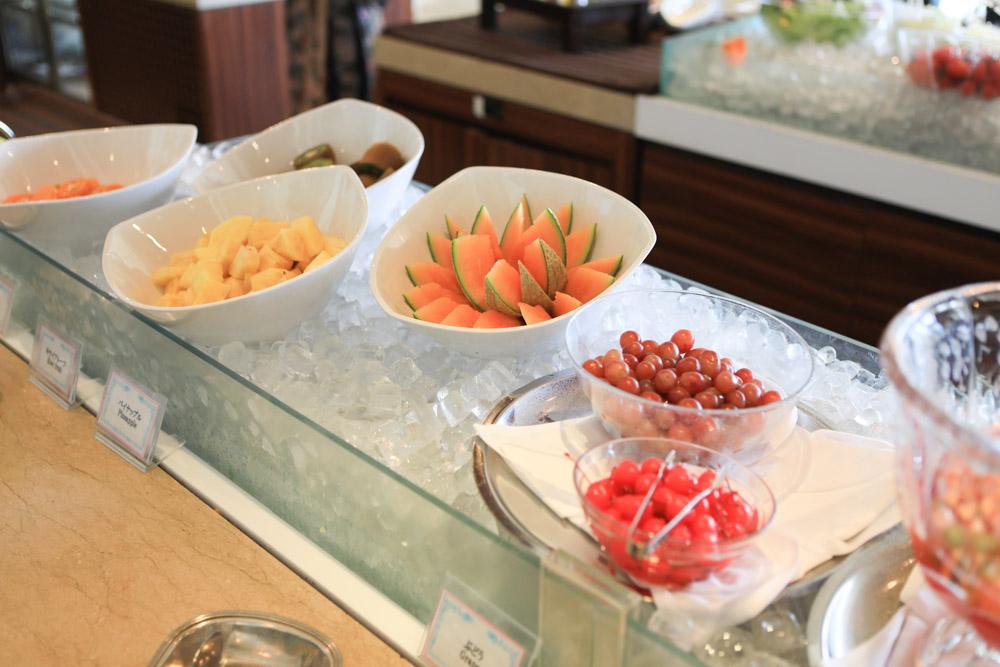 ランチビュッフェの果物