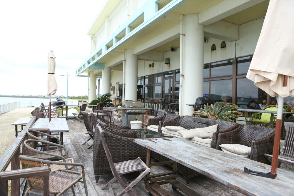 海中道路のレストラン