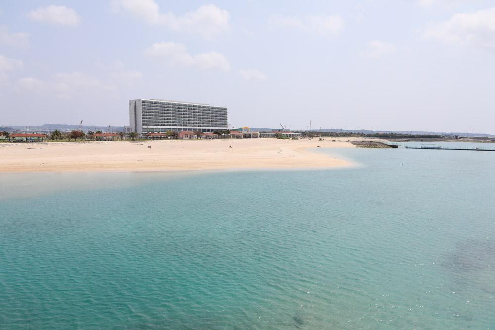 サザンビーチホテル&リゾート沖縄が見える