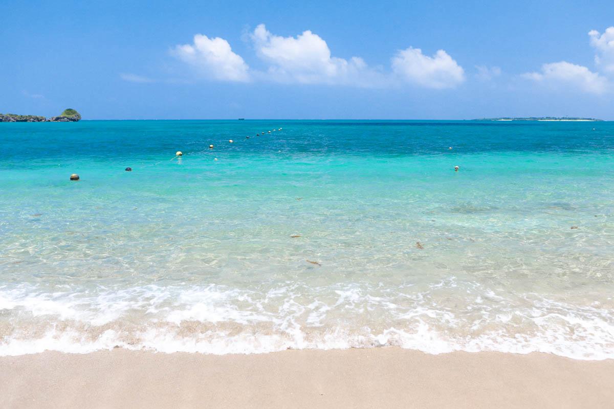 透明度の高いムルク浜