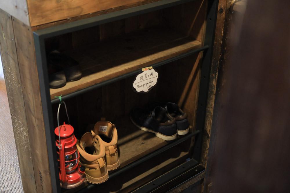 2階の靴棚