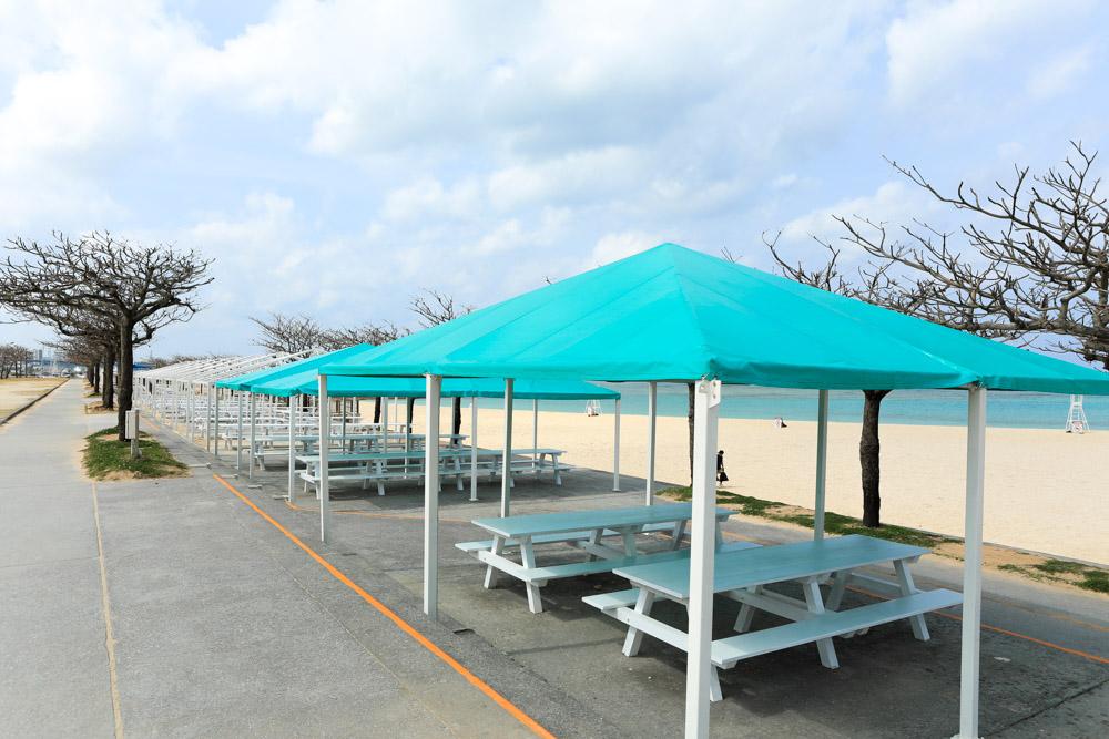 たくさんあるバーベキュー用のテント