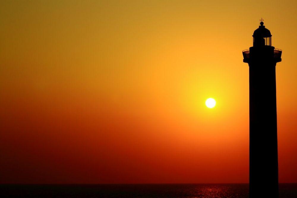 残波岬の夕日