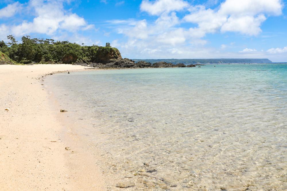ウッパマビーチは広い砂浜
