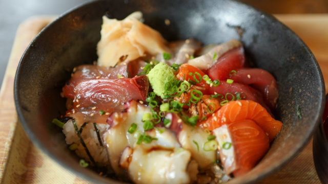 沖縄北部でランチするなら国頭港食堂