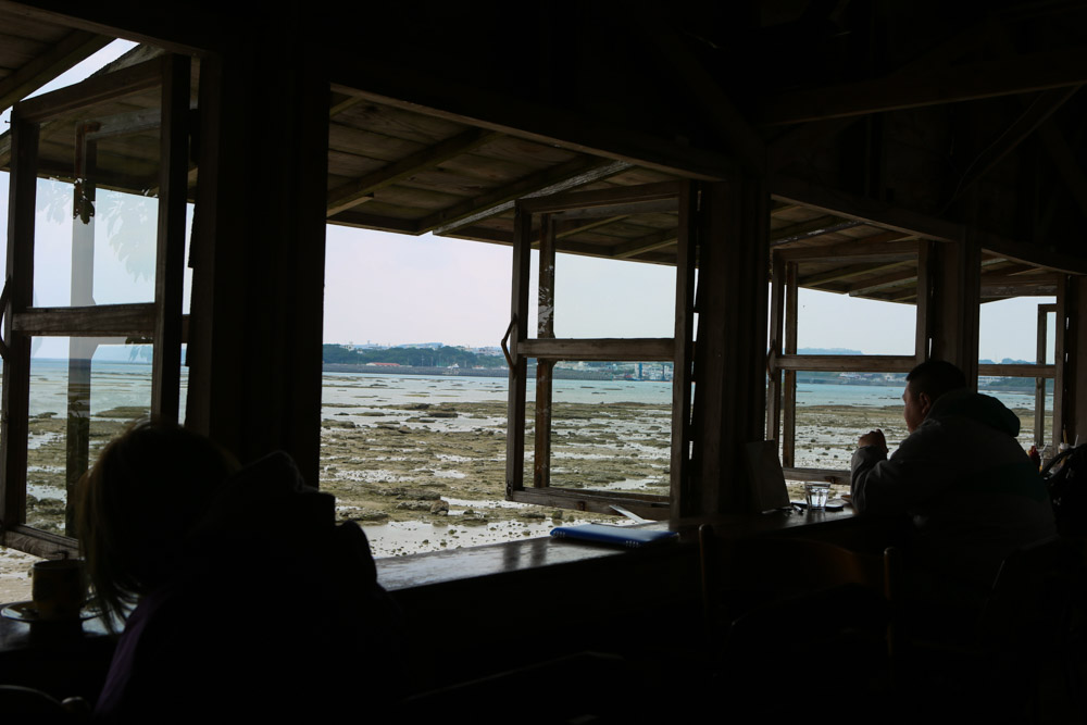 浜辺の茶屋からの景色