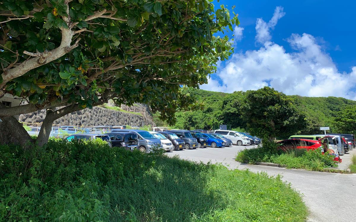 ジョン万次郎ビーチの駐車場