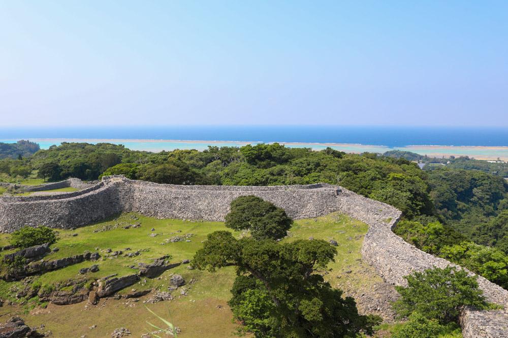 今帰仁城跡から見える海