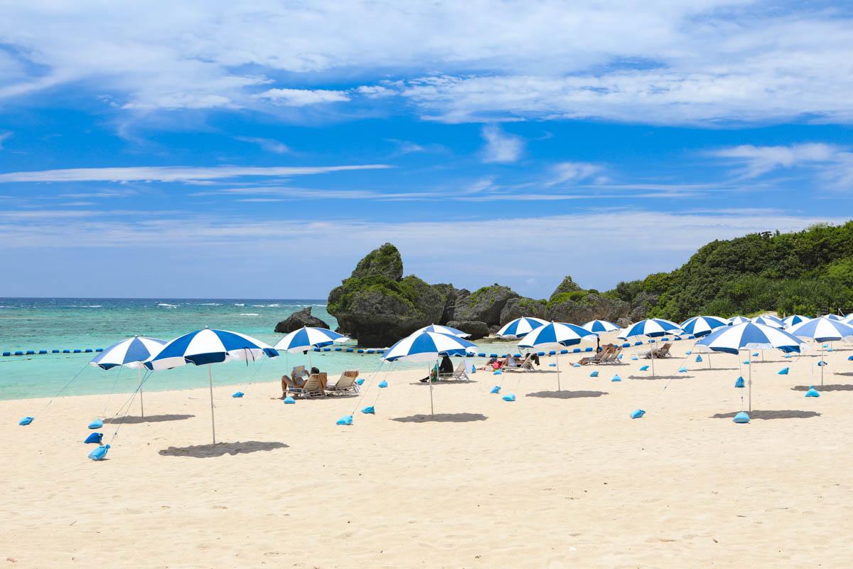 ニライビーチの遊泳エリア