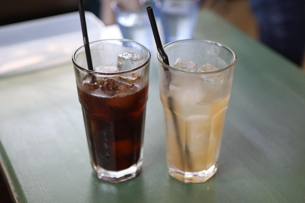 ジンジャーエールとアイスコーヒー