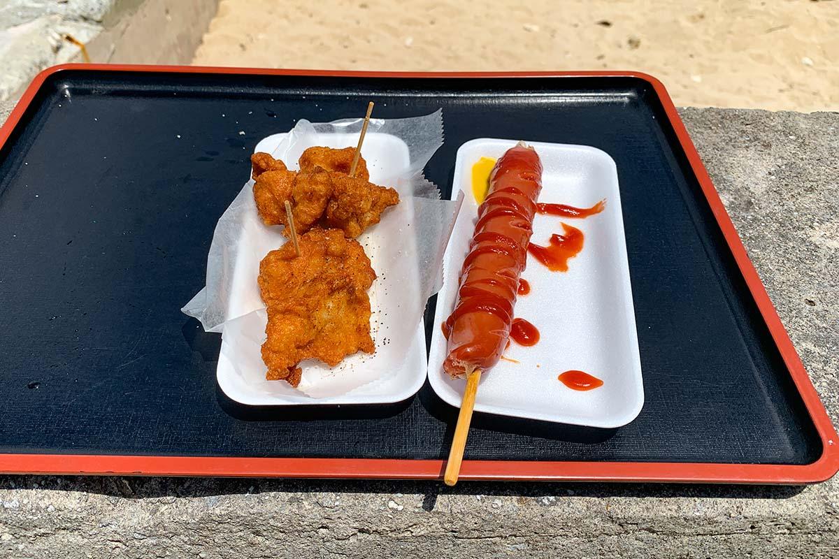 トンナハビーチでランチ(お昼ご飯)