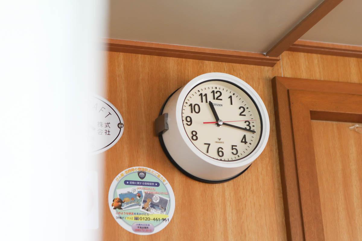船に設置された時計