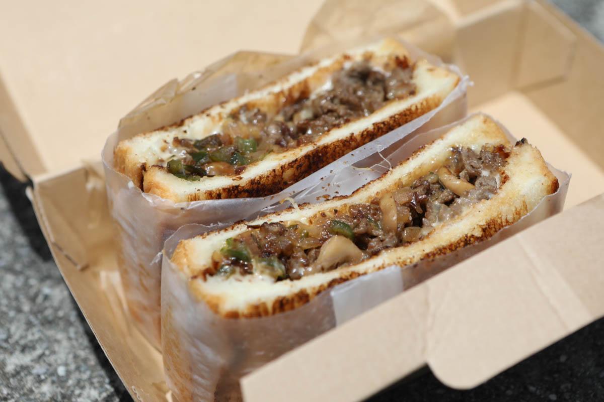 フィリーチーズサンドイッチ