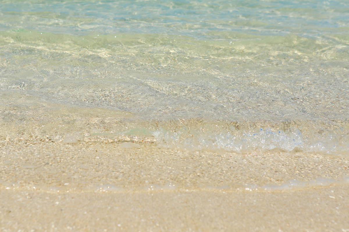 浜比嘉ビーチの透明度
