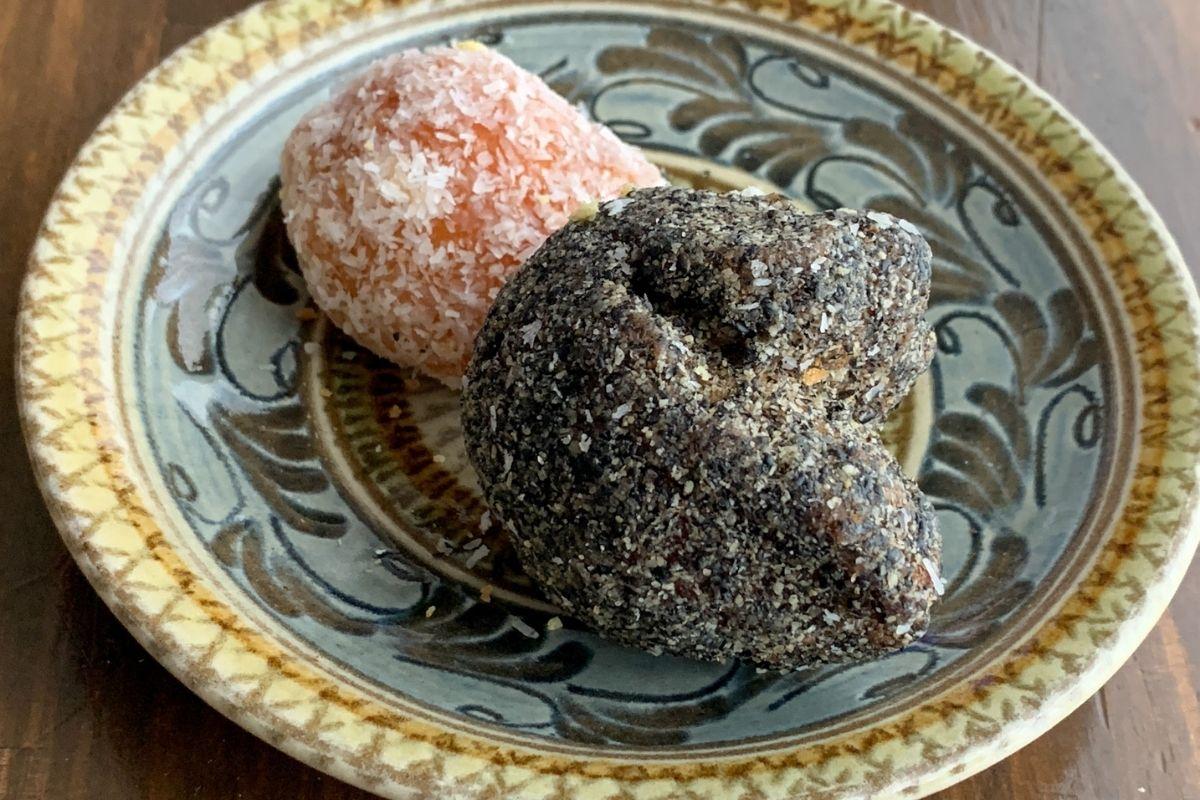 琉球菓子処 琉宮のサーターアンダギー
